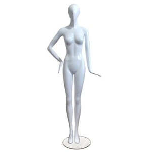 Mannequin lady without facial features with straight pose and hand on hip