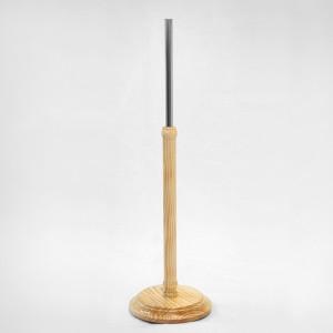 Base madera torneada diámetro 29cm. mástil madera 60cm. tubo metálico 35cm.