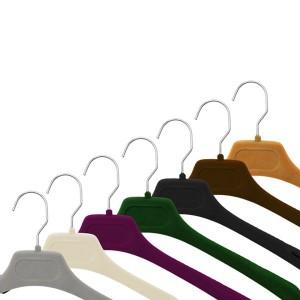 Percha de sastrería flocada en varios colores de 40 cm.