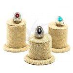 Expositores de anillos de tres alturas en lino