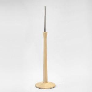 Base en bois pyramide diamètre 28cm. mât en bois 70cm. tube métallique 35cm.