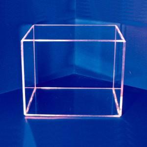 Expositor prisma con tapa encajable