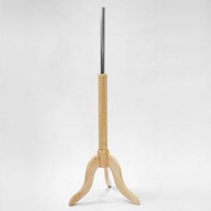 Base in legno treppiedi altezza 25cm. albero in legno 40cm. tubo metallico 35cm.