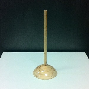Base in legno per busto in miniatura altezza 28,5cm.