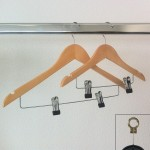 Wooden hanger with clips 45 cm.