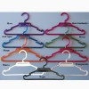 Round plastic hanger with bar and notches 28, 35 or 40 cm.