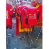 Kleiderstange aus Metall mit Rollen breit 70 cm. ausfahrbaren und höhenverstellbare