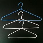 Galvanized wire metal hanger plastic lined 41cm.
