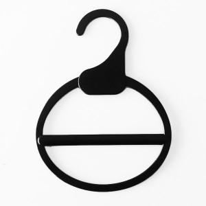 Hanger for scarves, bandanas or neckerchiefs