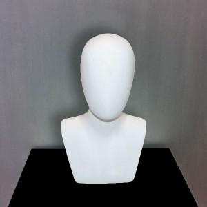 Tête de homme sans traits en fibre de verre