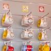 Semplici ganci per esporre i prodotti in blister