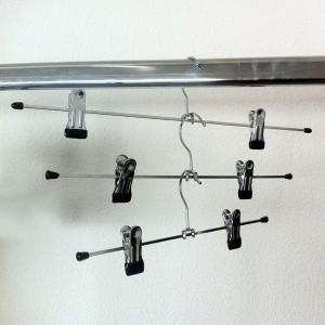 Percha de metal con pinzas para falda o pantalón 31-36-40 cm.