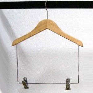 Beechwood hanger with clips longer 30-35-40-45 cm.