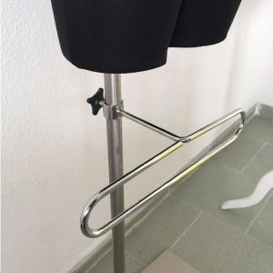 Colgador de pantalones en base