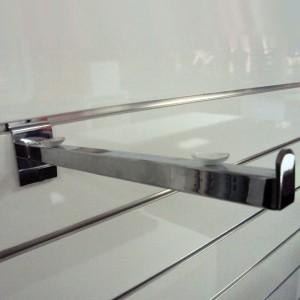 Cartela soporta-estante recto con retenedor para panel de lamas