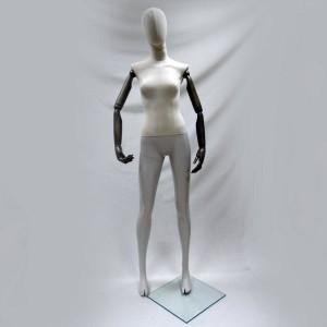 Manichino di donna con la testa e le braccia articolate