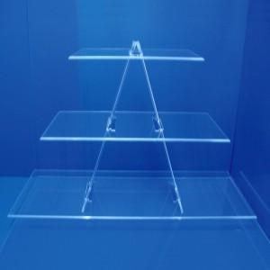 Exhibitor triangular staircase 3 shelves